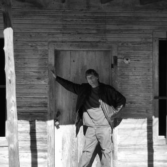 DSC00473 Paul waiting at door 2 c.