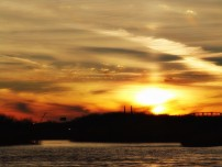 DSC00474 Ohio River Sunset by the Falls