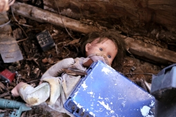IMG_4159 Forgotten doll