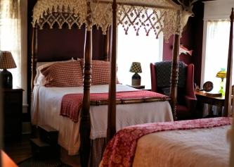 IMG_2526 Pretty bedroom