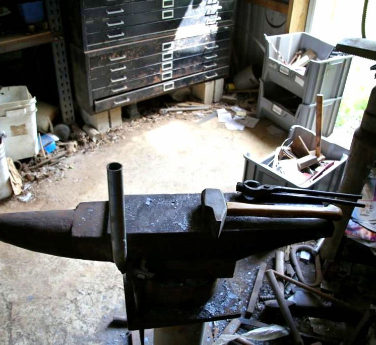 IMG_4560 Anvil and Forging Tools